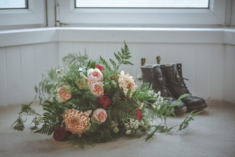 12 devine-bride-supplier-spotlight-feature-amanda-the-floral-design-boutique