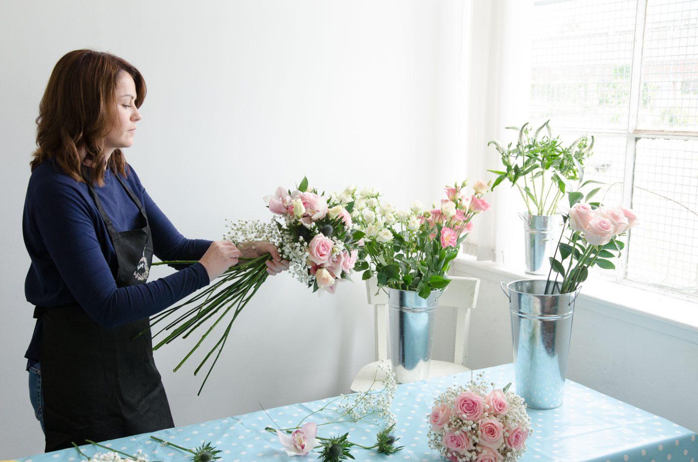 15 devine-bride-supplier-spotlight-feature-amanda-the-floral-design-boutique