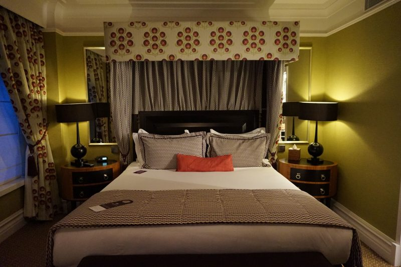 devine-bride-st-ermins-hotel