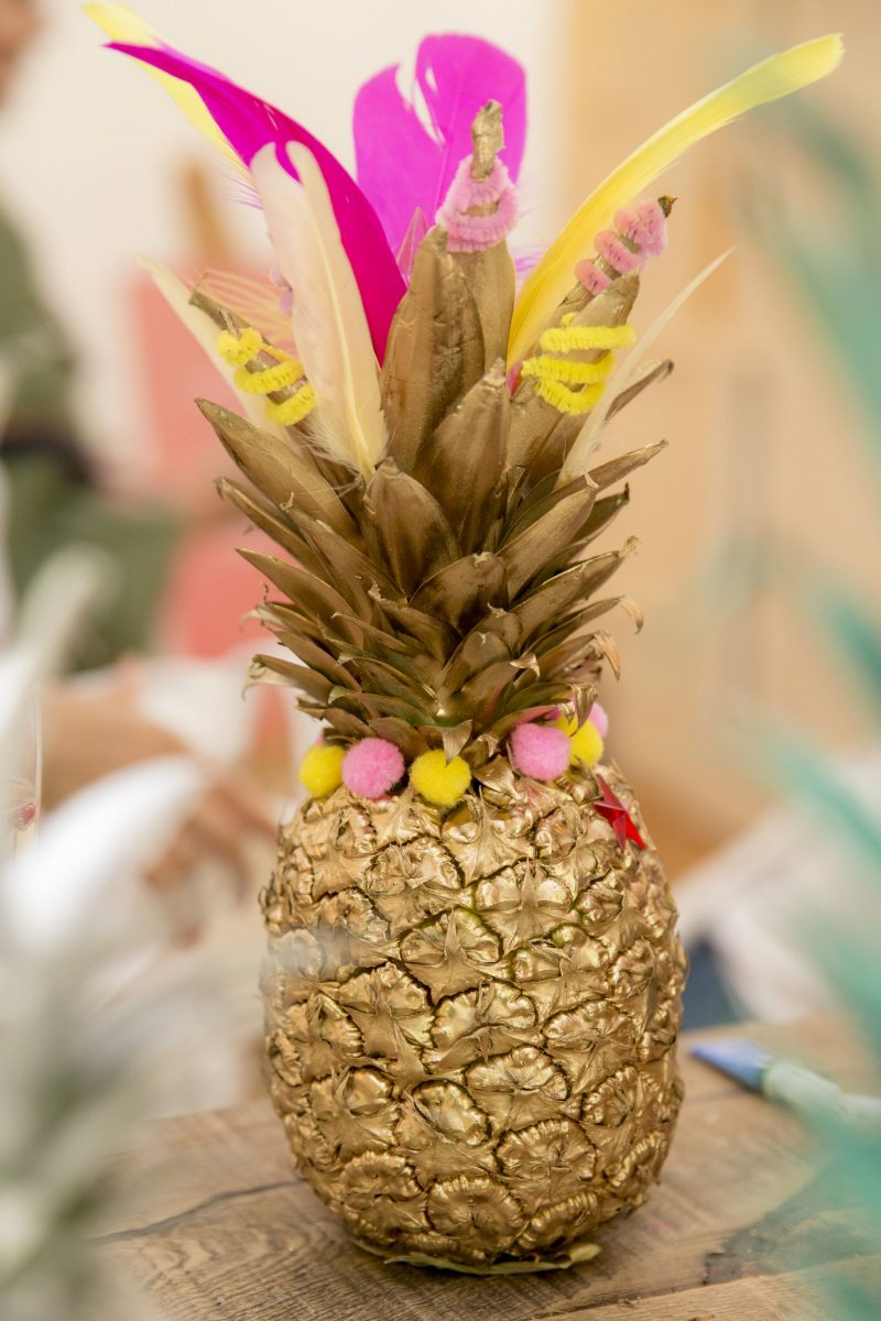 pimp-my-pineapple-www.devinebride.co.uk