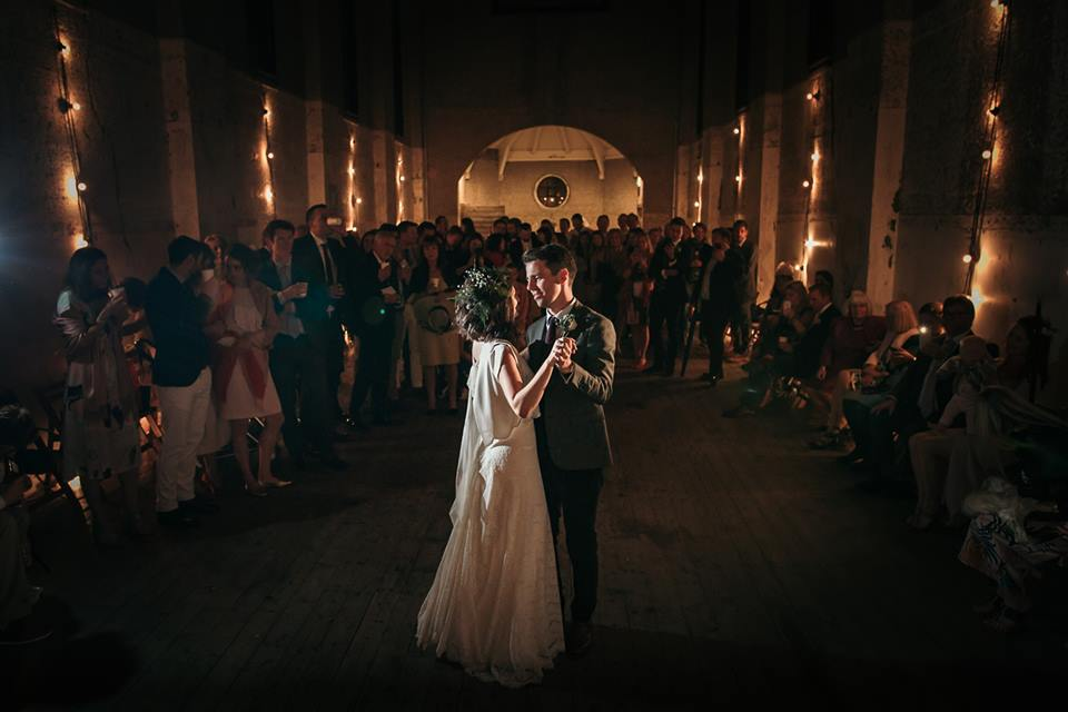 14 devine-bride-wedding-planner-east-london-dilston-grove-dry-hire-warehouse-wedding-urban-church-first-dance