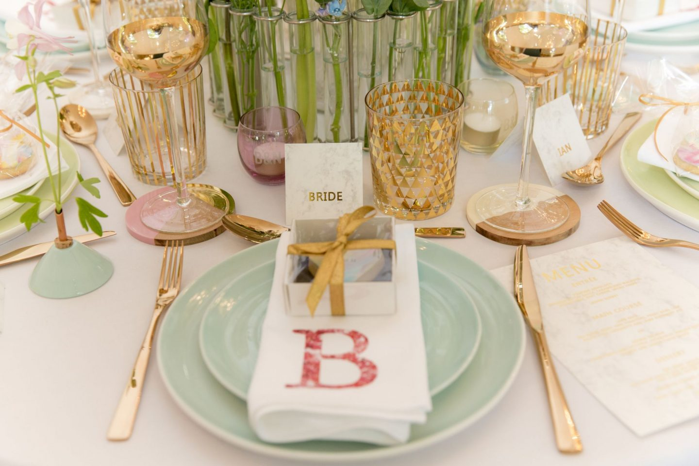 15-Laura-devine-bride-wedding-blogger-tasker-planner-not-on-the-high-street-press-day