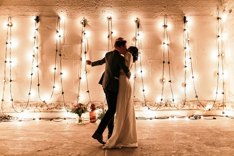 16 devine-bride-wedding-planner-east-london-dilston-grove-dry-hire-warehouse-wedding-urban-church-first-dance