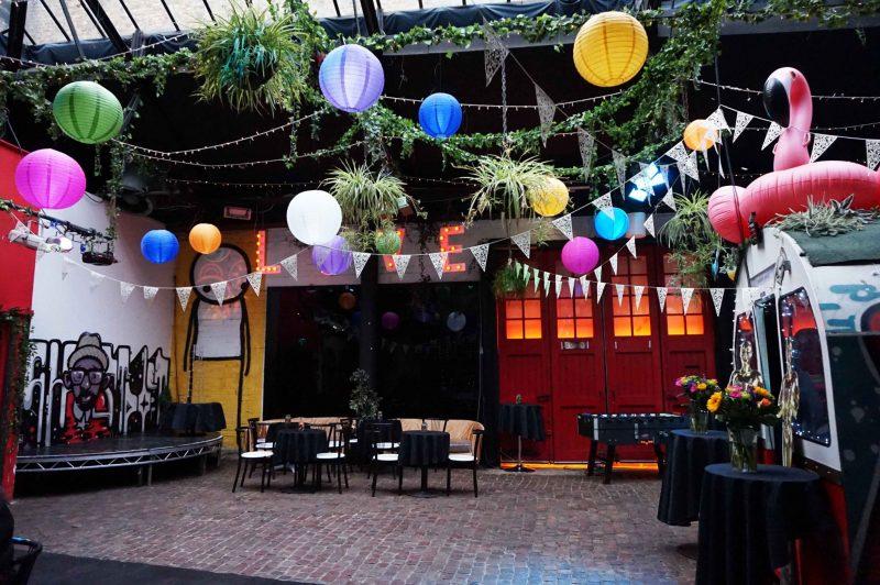 3 islington-metal-works-alternative-wedding-venue-colour-pop-lanterns-bunting-oscars-flamingo-love-lights