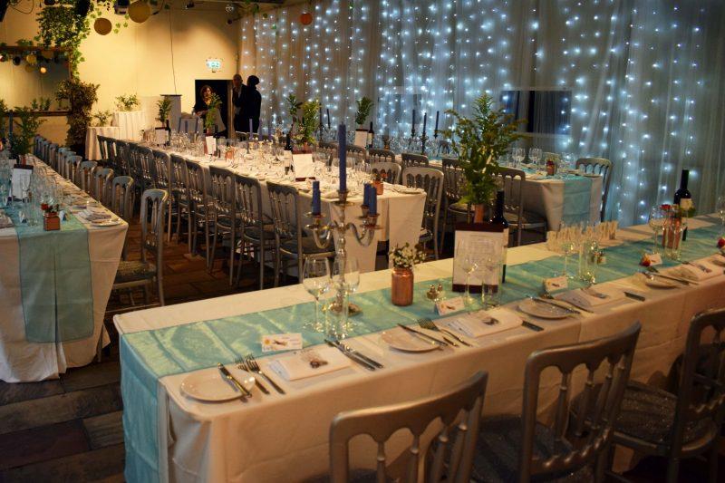 7 laura-devine-bride-vintage-retro-wedding-islington-metal-works