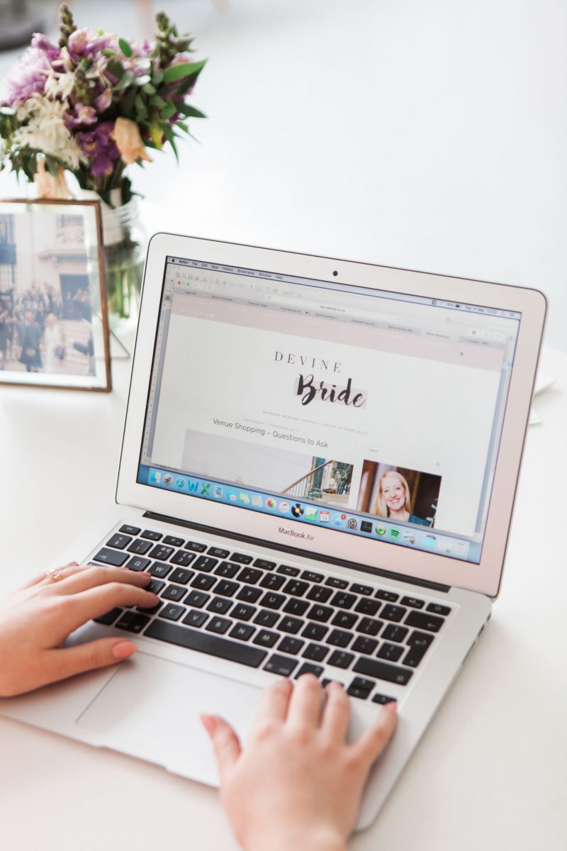 laura-devine-bride-wedding-tasker-planner-london-website-stylist-flowers-computer-laptop-mac-business