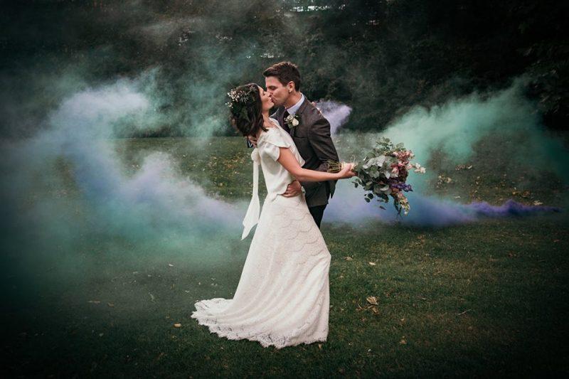 9 devine-bride-wedding-planner-east-london-dilston-grove-dry-hire-wedding-urban-couple-portrait-smoke-bomb