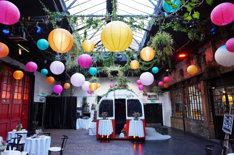 4 islington-metal-works-fun-colour-pop-wedding-devine-bride-balloons