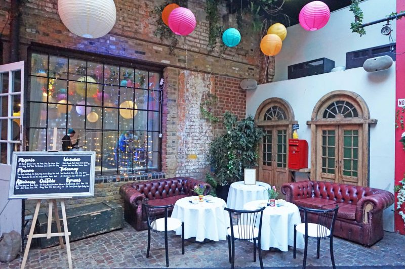 5 islington-metal-works-fun-colour-pop-wedding-devine-bride-balloons