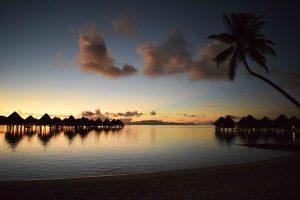 devine-bride-bora-bora-french-polynesia-honeymoon-inspiration-travel-blog