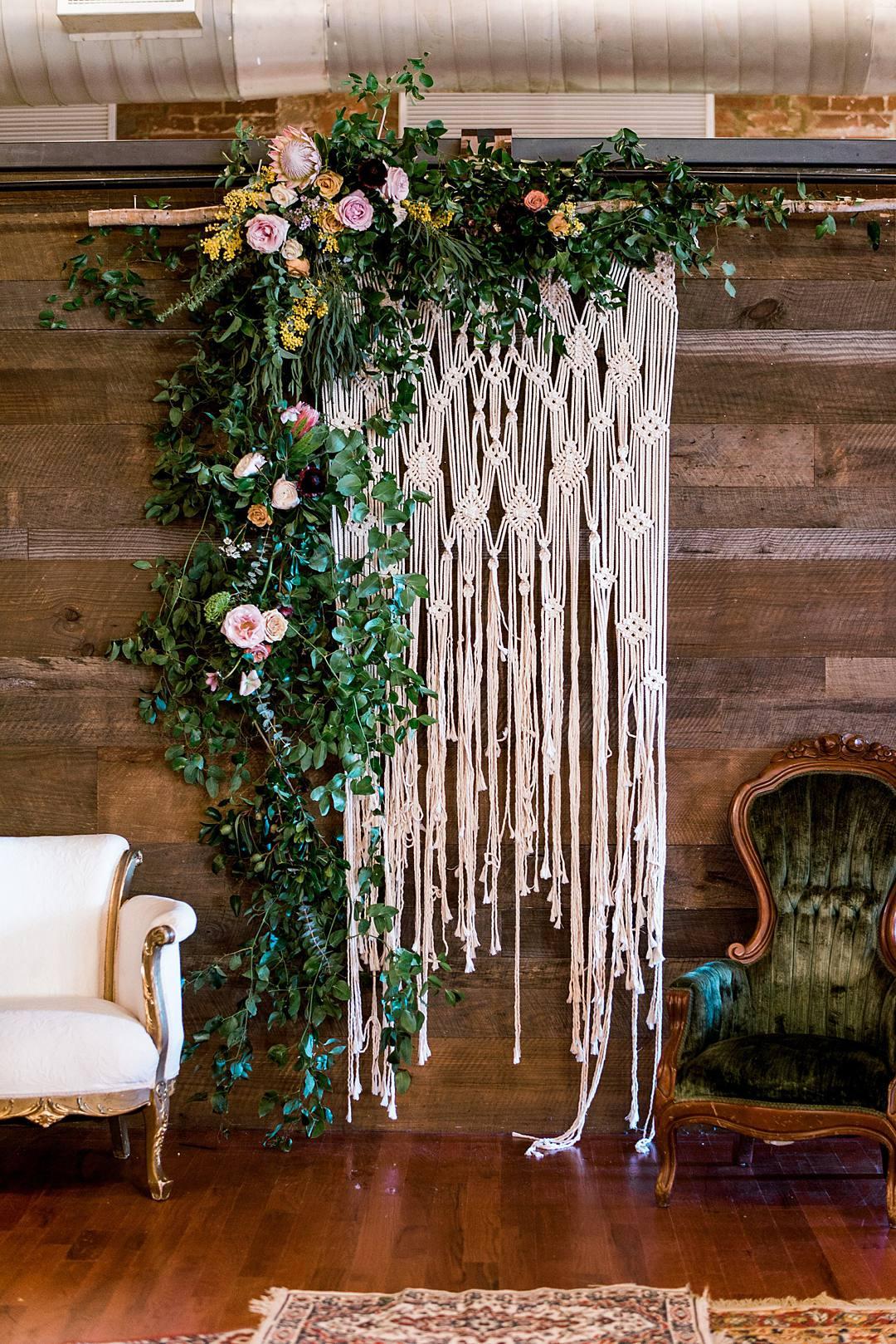 wedding décor tips macrame