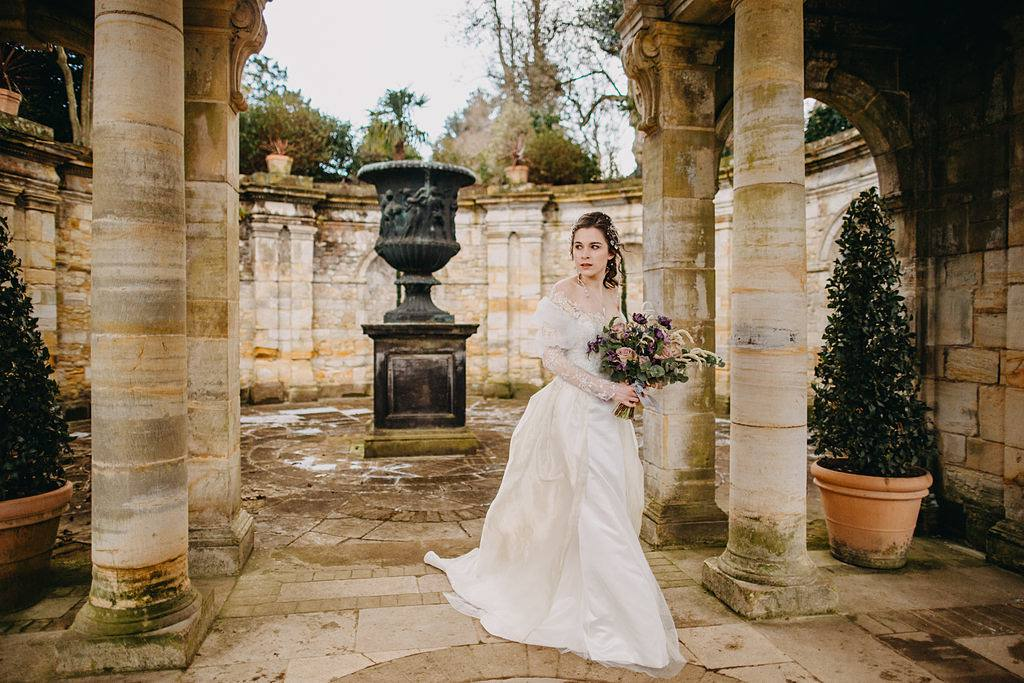 Labyrinth, David Bowie, Hever Castle, Whimsical Wedding, Wedding Shoot, Medevil Wedding Decor, Wedding Castle, Fairytale Wedding, Devine Bride, Wedding Planner, Romantic Wedding Decor