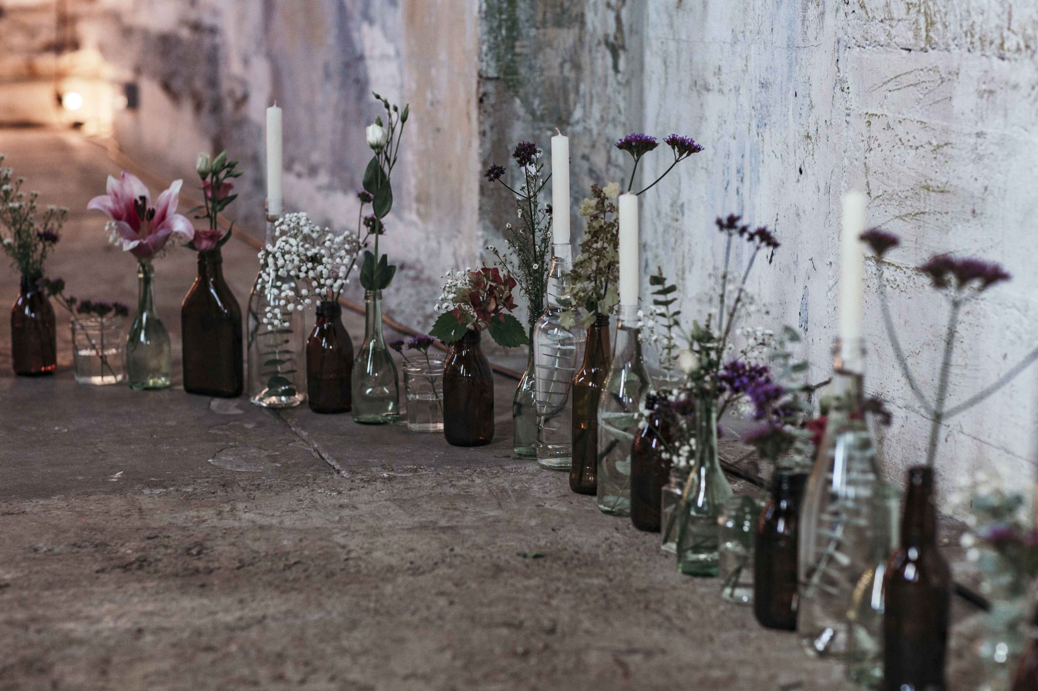 wild-flower-bottles-wedding-diy