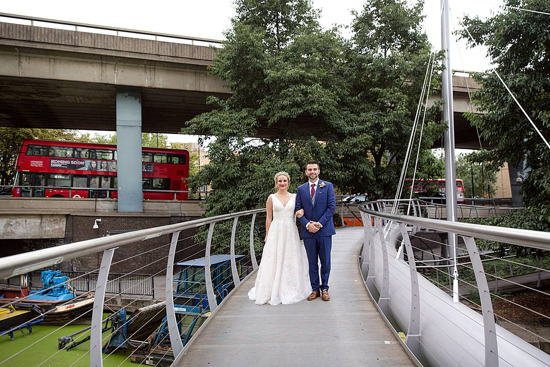 Devine Bride, London Wedding, City Wedding, The Union Bar, UK Wedding Planner, Chich Wedding Dress, Red Bridesmaid Dresses, Notting Hill Gate, Green & Envy, London Florist, Paddington Wedding