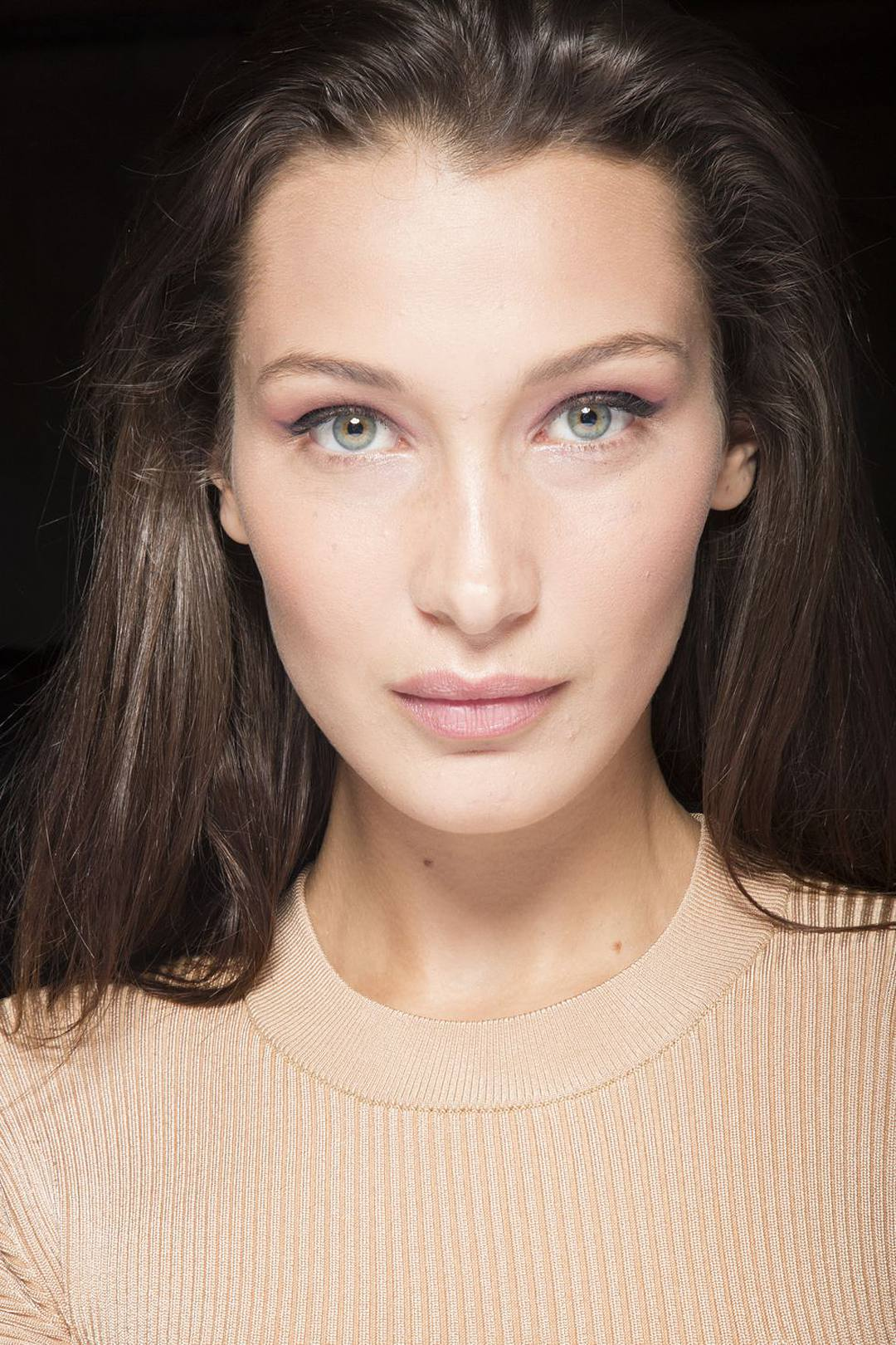 Spring Beauty, Devine Bride, Beauty Tips, MAC, Organic Beauty, Glowing Skin, Cruelty Free Beauty, Green People, 2019 Catwalk Looks, Huda Beauty, Bare Skin, Exfoliators