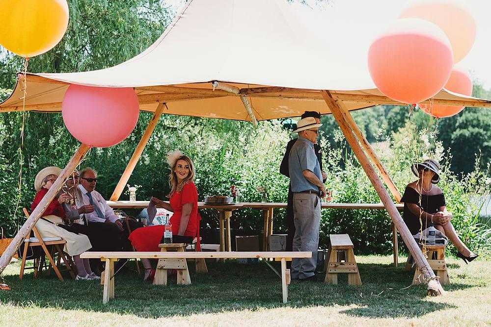 Top Tipi Tips, Devine Bride, Outdoor Wedding, Festival Wedding, Dry Hire Wedding, Giant Wedding Balloons, UK summer Wedding, DIY Decor, The Dawdling Duck, Bunting, Tipi Wedding, Donut Wall